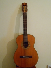 Продам Немецкую гитару Musima classic