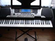 Yamaha PSR-550 синтезатор с автоаккомпаниментом